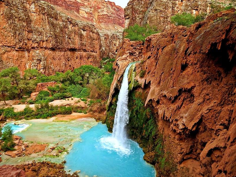 Les chutes Havasu, un endroit magnifique à voir au Grand Canyon en Arizona