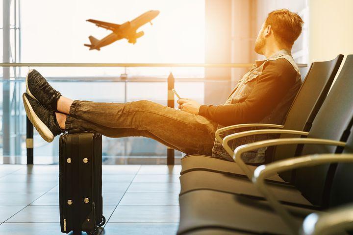 Nouvelle charte des voyageurs au Canada avec indemnités sur les retards ou annulations de vols